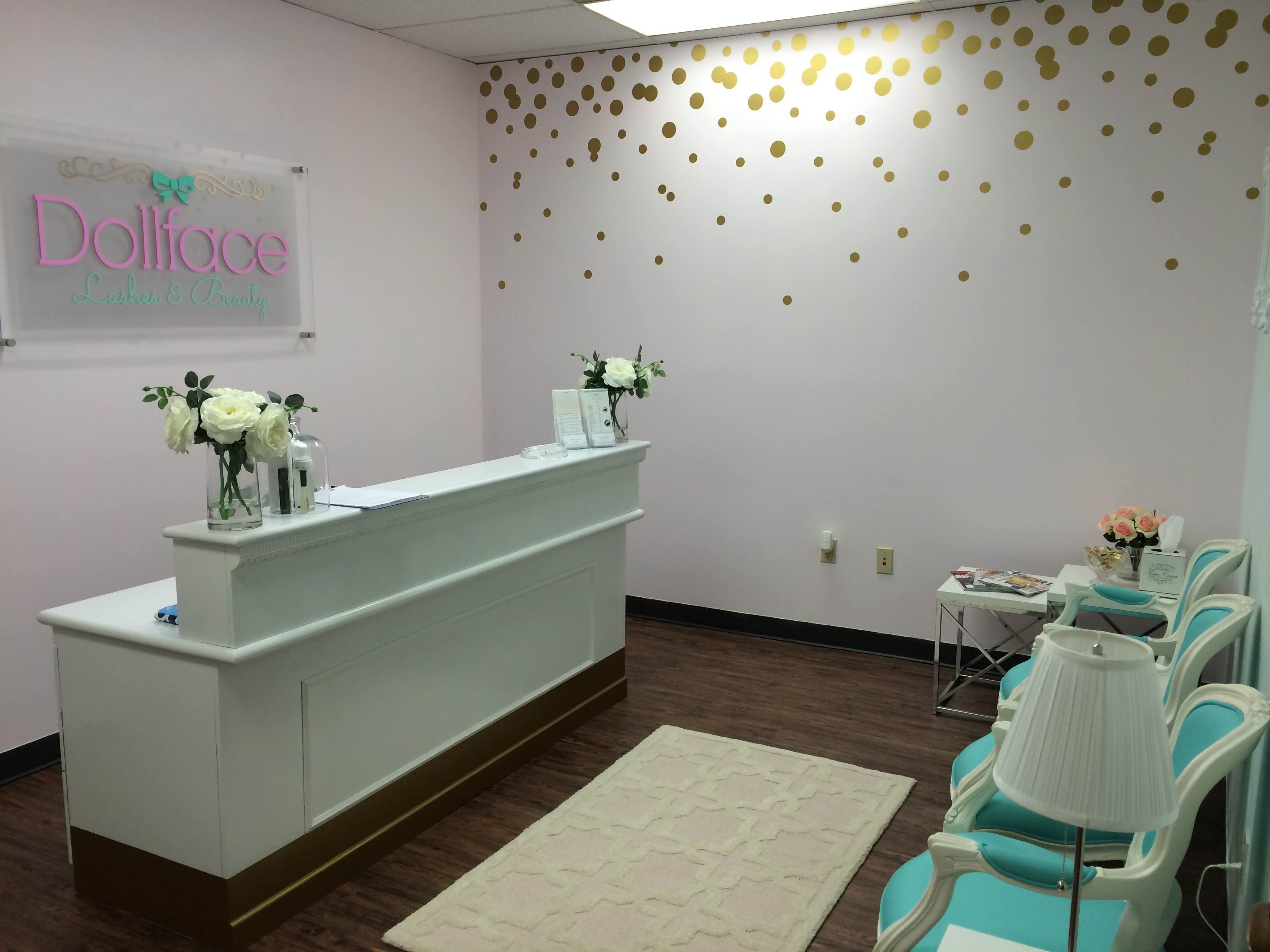 9d759e13212 zing in both Classic and Volume Eyelash Extensions, Lash Lifts and Tinting.  Located off of 610 and E. TC Jester in The Preserve. A wooded tranquil  facility ...